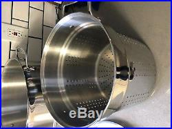 All-Clad Stainless Steel 12 Quart Stock Pot used a couple of times