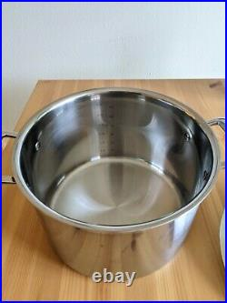 Le Creuset Classic Stainless Steel Stockpot, 7 1/2-Qt. With Lid