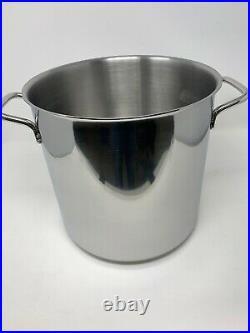 Restaurantware 13.5 qt Stainless Steel Stock Pot Induction Ready